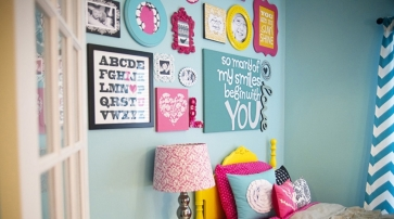 destaque-Londons-Big-Girl-Room-Gallery-Wall