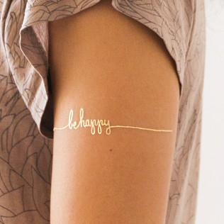 tattly_lila_symons_be_happy_gold_web_applied_01_grande