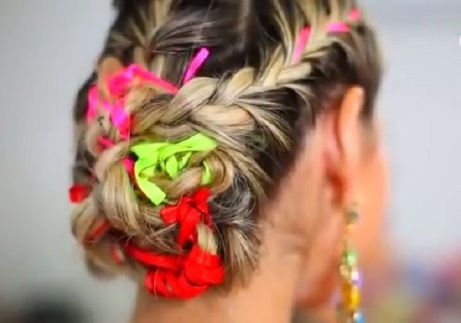 penteado-carnaval-fitas