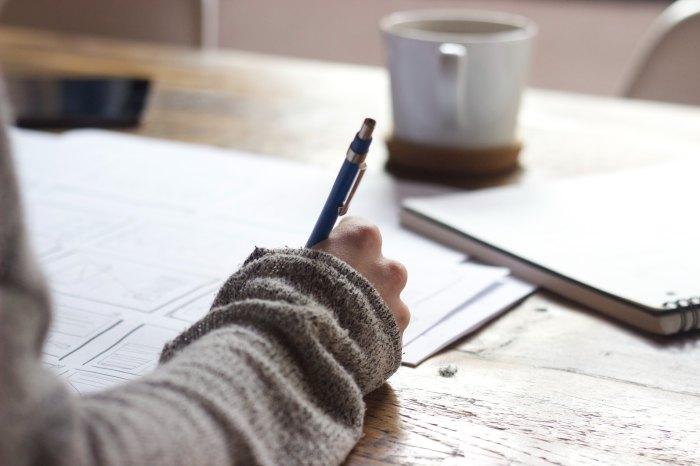 estudos,lições,caneta,cadernos